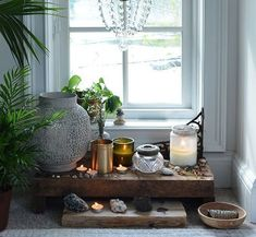 20 Fabulous Feng Shui Altar Photos, Get Inspired! is part of Living Room Plants Feng Shui - Here are over 20 photos of beautiful home altars with great feng shui to inspire the creation of your own home altar! Meditation Raumdekor, Meditation Room Decor, Feng Shui Cures, Feng Shui Tips, 5 Feng Shui Elements, Meditations Altar, Feng Shui Bedroom, Home Altar, Window Sill