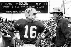 James Street & Coach Royal: Heroes of the 1970 Cotton Bowl, leading a drive to a touchdown and the Longhorns' all-time win and second national title. The play is considered by some to be the most famous drive in Texas history. Texas Longhorns Football, Notre Dame Football, Ut Longhorns, College Football Coaches, University Of Texas, Sports Stars, A 17, Retro, Cotton Bowl
