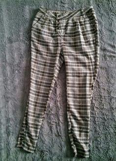 Kup mój przedmiot na #vintedpl http://www.vinted.pl/damska-odziez/spodnie-inne/13760021-spodnie-cygaretki-fishbone-xxsxs