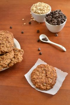 Whole Wheat Oatmeal Chocolate Chip Cookies - Food Doodles