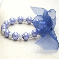 3 Simple Steps on How to Make an Elegant Elastic Pearl Bracelet with Ribbon | pandahall.com