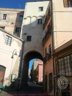 http://www.hotelbjvittoria.it #ngiroperlacittà #panorama #Cagliari #Sardegna #italy #monumenti #stampace #quartieri #