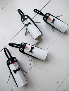 Loo Roll Penguins Kids Christmas Craft Ideas.These would look super cute hanging from a garland on the mantle!