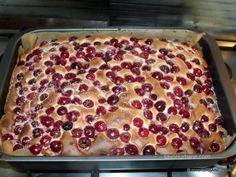 Prajitura simpla cu visine | Savori Urbane Romanian Desserts, Romanian Food, Sweet Memories, Sweets Recipes, Macaroni And Cheese, Sweet Treats, Healthy Eating, Cooking, Ethnic Recipes