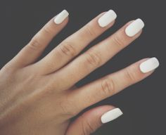 Image shared by Daniele. Find images and videos about white, nails and unhas on We Heart It - the app to get lost in what you love. Essie Nail Polish, Matte Nails, Squoval Acrylic Nails, Nail Shapes Squoval, White Acrylic Nails, Oval Nails, Shellac Nails, Hair And Nails, My Nails