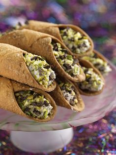 Chocolate+Cannoli+Recipe+:+Michael+Chiarello+:+Food+Network+-+FoodNetwork.com