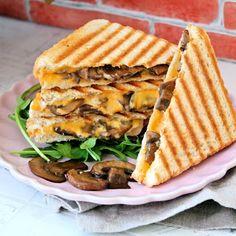 Gotujimieszkaj - kulinaria, przepisy, testy, recenzje Smoothie, Waffles, Bread, Breakfast, Food, Morning Coffee, Brot, Essen, Smoothies