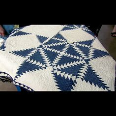 Feathered star quilts | Feathered Star Quilt, ca. 1900 | Roadshow Archive | PBS
