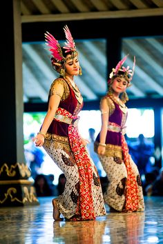 Two Women Performing a Traditional Javanese Dance at The Sultan's Palace, Kraton, Yogyakarta, Java, Indonesia