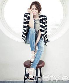 Korean Clothing Styles The Beige Blouse Korea Fashion, Kpop Fashion, Teen Fashion, Spring Fashion, Fashion Outfits, Yoo In Na, Sulli, Seohyun, Korean Actresses