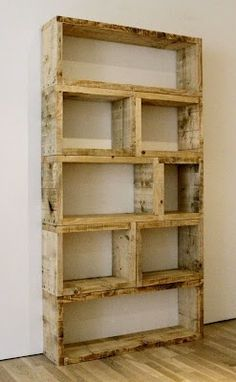 $3 DIY Pallet Bookshelf. Like this - actually appears sturdy in comparison to a lot of pallet or crate bookshelves.