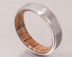 Titane et anneaux d'Olive / / anneaux de bois par dimaltagioielli