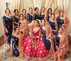 Best Ideas For Indian Bridal Party Outfits Bridesmaid Saree Indian Bridesmaid Dresses, Bridesmaid Poses, Bridesmaid Saree, Pakistani Bridal Dresses, Bridesmaid Outfit, Indian Dresses, Indian Outfits, Indian Clothes, Bridal Lehenga