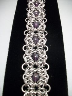Amethyst Romanov Chainmaille...THIS is what i would want a chainmaille collar to look like...