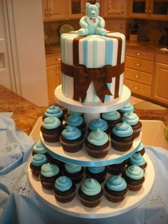 Boy Baby Shower cake and cupcakes Ideas Baby Shower Cake Designs, Baby Shower Cupcakes For Boy, Baby Boy Cakes, Baby Shower Themes, Baby Shower Decorations, Shower Ideas, Teddy Bear Baby Shower, Baby Boy Shower, Simple Baby Shower