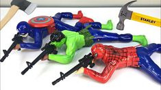 What's inside Crawling Soldiers? Captain America Toys, Youtube Banners, Funny Toys, You Youtube, Hulk, Soldiers, Spiderman, Spider Man, Incredible Hulk