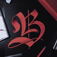 195 Likes, 25 Comments – Lettering & Graphic Designer (B… – Graffiti World Graffiti Alphabet, Gotisches Alphabet, Tattoo Fonts Alphabet, Tattoo Lettering Fonts, Font Art, Lettering Design, Hand Lettering, Letter B Tattoo, Gothic Lettering