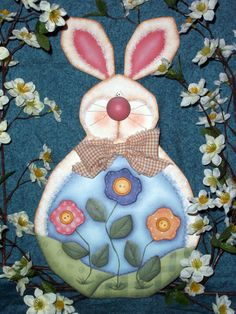 CC141  Bloomin' Bunny Plaque  EPattern by CyndiCombsDesigns, $5.00