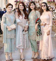 New Image : Formal Wedding Function Pakistani Formal Dresses, Pakistani Dress Design, Indian Dresses, Indian Outfits, Shadi Dresses, Indian Attire, Indian Wear, Indian Designer Outfits, Designer Dresses