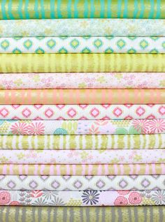 Michael Miller, Glitz Garden in FAT QUARTERS 14 Total