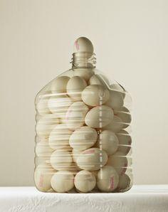 PHOTOS. De la nourriture dans des bouteilles en plastique pour faire réfléchir sur notre consommation