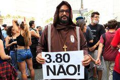 É lógico que o 1º ato contra o aumento da tarifa de ônibus em SP terminou em porrada   VICE   Brasil