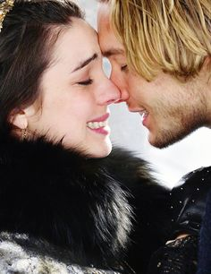 Reign - Mary & Francis Adelaide Kane & Toby Regbo