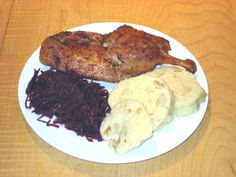 This is not a new recipe, just one interesting experience. The recipe is basically same as the one for Roasted Duck Legs . I must have roast. Roast Duck, Pork Roast, Czech Recipes, New Recipes, Czech Food, Red Cabbage, Dumplings, Steak, Purple Cabbage