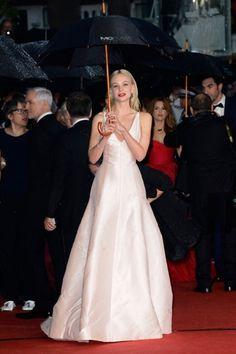 Cannes 2013 il red carpet delle star con i look delle celeb nella prima sera del Grande Gatsby - Carey Mulligan, Dior
