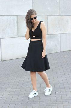 Outfit midi skirt adidas superstar