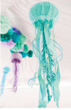 Make a birthday splash with the Mermaid party trend and these whimsical jelly fish pieces. Mermaid party decoration inspiration to compliment to the Bee Box Parties Mermaid Collection.