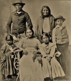 Naiche with his mother (wife of Cochise), his wife E-clah-eh, and their children - Chiricahua Apache - 1884 — with Naiche, India Brook Lynn, Naiche and mother (wife of Cochise) Naiche's wife and children.