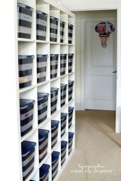 Toy-Organization Ikea Shelving and bins Idea and Tutorial via a bowl full of lemons Tons of awesome toy organization ideas that are both functional AND stylish! Make a fun system that both kids and mom love to have in the house! Creative Toy Storage, Ikea Toy Storage, Craft Storage Solutions, Attic Storage, Storage Hacks, Diy Storage, Storage Ideas, Toy Storage Organizer, Cheap Storage