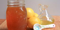 Grandma Barb's Homemade Cough Syrup…That works! - Honey, olive oil and lemon juice makes the best homemade cough syrup recipe. Great for kids. Cold Remedies Fast, Sore Throat Remedies, Natural Cold Remedies, Flu Remedies, Health Remedies, Home Remedies, Homemade Cough Syrup, Homemade Cough Remedies, How To Stop Coughing