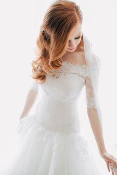 Off the shoulder wedding dress, off the shoulder lace wedding dress