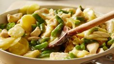 Need an easy one-skillet meal? This one includes family favorites: chicken, potatoes, green beans and cheese.