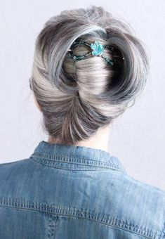 These are the absolute best 10 hairstyles for long gray hair in Check them out, start styling, and look amazing in just seconds! Grey Hair Styles For Women, Short Hair Styles Easy, Short Hair Updo, Hair Accessories For Women, Curly Hair Styles, Updo Styles, Long Silver Hair, Long Gray Hair, Short Hairstyles For Women