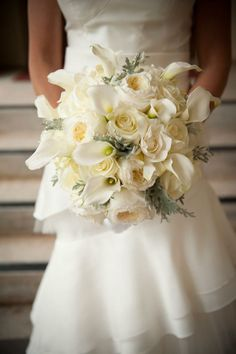 white bouquet calla litlies Get Creative With these 37 Wedding Reception Ideas