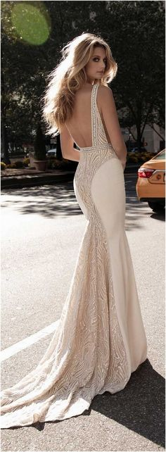 200+ Luxurious Open Back Wedding Dresses For Spring https://bridalore.com/2017/03/02/200-luxurious-open-back-wedding-dresses-for-spring/