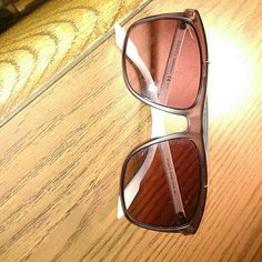 AUTHENTIC MEN'S GUCCI SHADES!!!!!! BRAND NEW! Brand new $350 dollar Men's Gucci Shades!!! Gucci Accessories Glasses