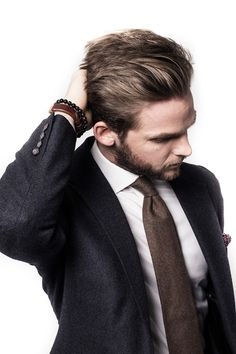 #fashion #menswear #outfit #suit #tie #brown #dapper #style #look #findanswerhere.com/mensfashion