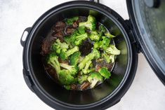 Instant Pot Beef and Broccoli (Quick and Easy!) - Corrie Cooks Beef Recipe Instant Pot, Instant Recipes, Instant Pot Dinner Recipes, Beef Steak Recipes, Meatball Recipes, Easy Pressure Cooker Recipes, Potted Beef Recipe, Healthy Weeknight Meals, Broccoli Beef