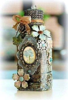The most gorgeously decorated bottle!