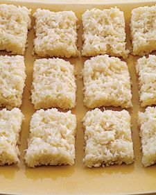 only 4 ingredients (coconut, sugar, sweetened condensed milk & evaporated milk)Coconut Bars.only 4 ingredients (coconut, sugar, sweetened condensed milk & evaporated milk) Coconut Bars, Coconut Recipes, Coconut Sugar, Coconut Candy, Coconut Chocolate, Lemon Coconut, Fresh Coconut Cake Recipe, Coconut Lotion, Coconut Dream