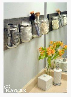 Réutiliser de vieux pot maçon pour la salle de bain