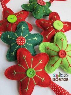 vánoční hvězdy z plsti Christmas Things, Christmas Projects, Diy Christmas, Christmas Decorations, Christmas Ornaments, Holiday Decor, Felt Ornaments, Stars, Crafts