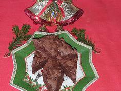 Lulu - Povesti din Bucatarie: Brownie cu fulgi de ciocolata Christmas Ornaments, Holiday Decor, Christmas Jewelry, Christmas Decorations, Christmas Decor