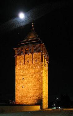 Brunflo, Sweden. Kastalen kan räknas till norra Sveriges märkligare byggnadsverk från medeltiden, 1100-talet. Under 1600-talets många krig kom kastalen även ...