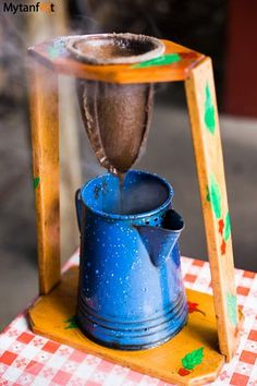 Best souvenirs from Costa Rica - chorreador de cafe Coffee maker in Costa Rica Coffee Cafe, Coffee Shop, Costa Rica Coffee, Costa Rico, Puerto Rico, Coffee Equipment, Coffee Accessories, Costa Rica Travel, Coffee Is Life