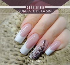 """From the deepest part of my heart, I bring to you """"Elegant Nail Arts for Ladies."""" When you don't know the value of your nails, you will always feel cheated. These nail arts below would give a glimpse of what you should do. French Tip Acrylic Nails, Acrylic Nail Tips, Simple Acrylic Nails, Shiny Nails, Hot Nails, Elegant Nail Art, Nails First, Luxury Nails, Artificial Nails"""